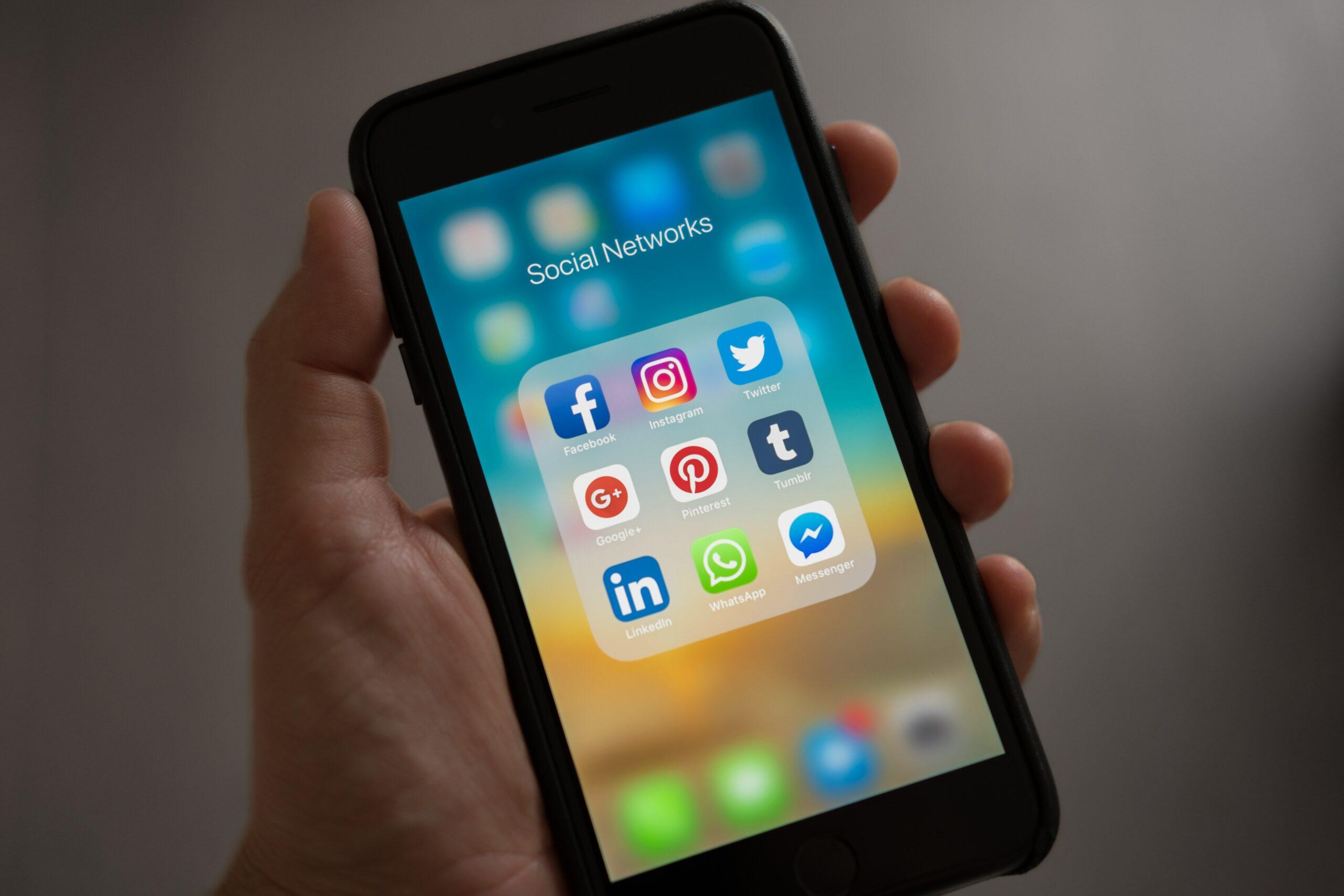 INVIATIS reseaux sociaux site e-commerce